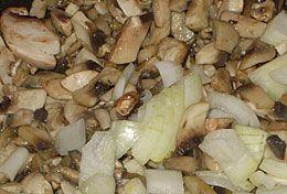 Салат з картоплею і грибами